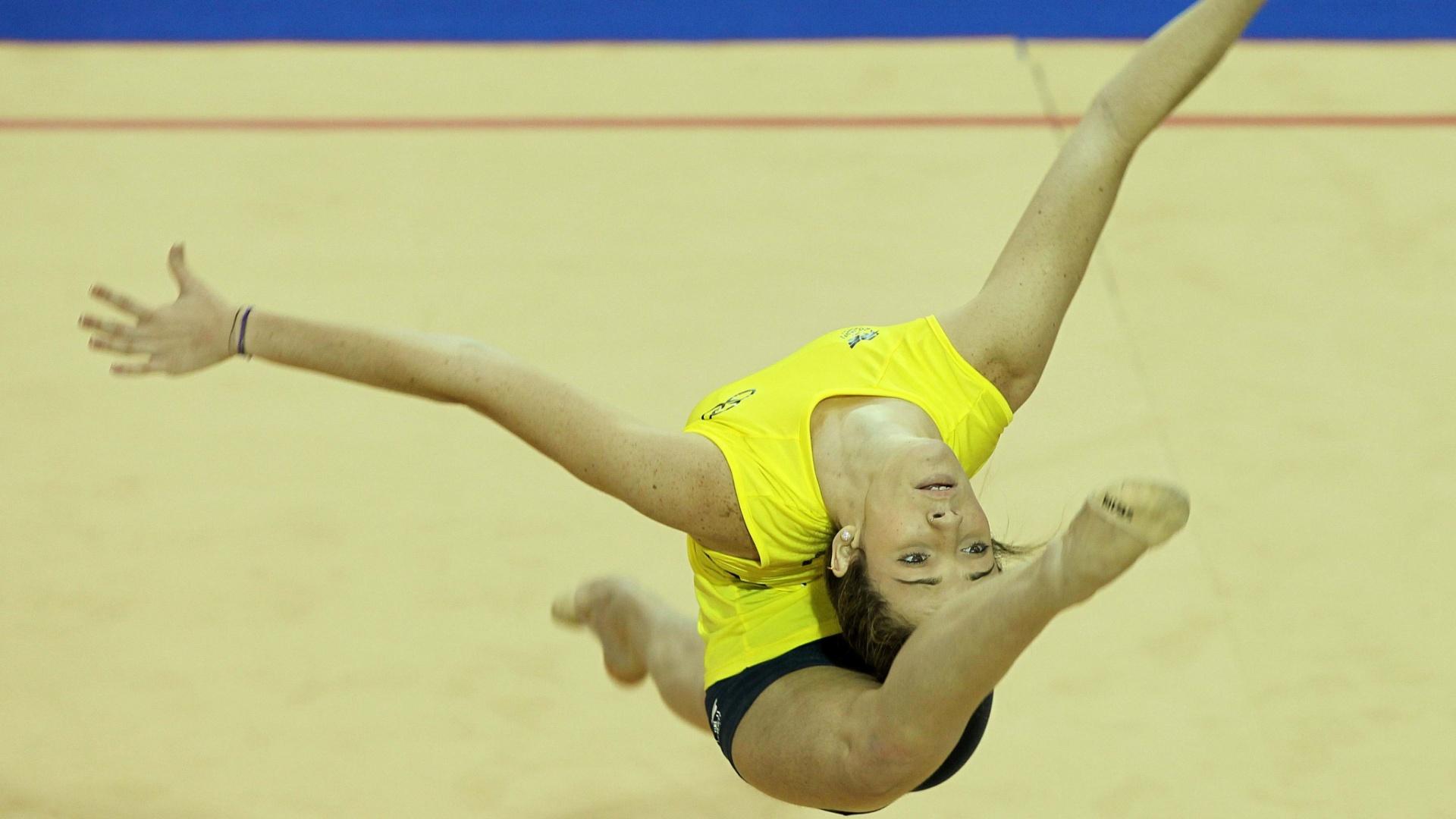 Seleção brasileira feminina de ginástica rítmica faz os últimos ajustes antes da estreia no Pan