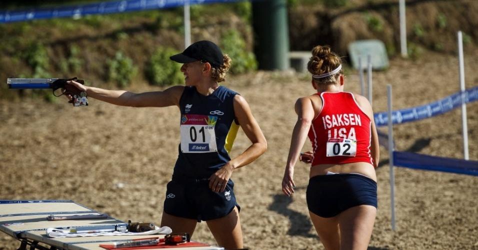 A atleta de Pentatlo do Brasil, Yane Marques perde a liderança para a norte-americana Margaux Isaksen na última prova do pentatlo moderno, que tem a combinação de tiro e corrida