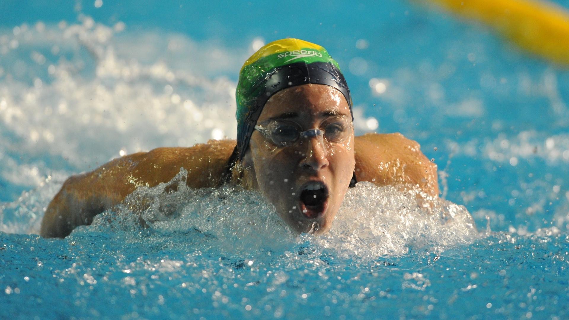 A brasileira Gabriella Silva reclama da altitude e disse ter tido fobia durante a disputa dos 100m borboleta (15/10/2011)