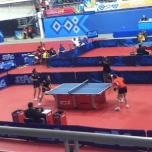 Brasileiras entraram em ação nas duplas do tênis de mesa no Pan (15/10/2011)