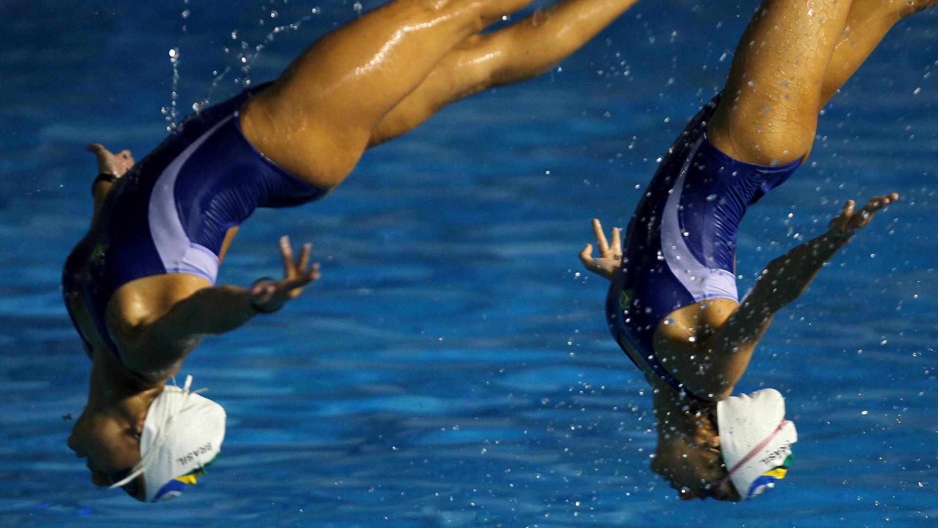Equipe brasileira do nado sincronizado treina para competir no Pan de Guadalajara