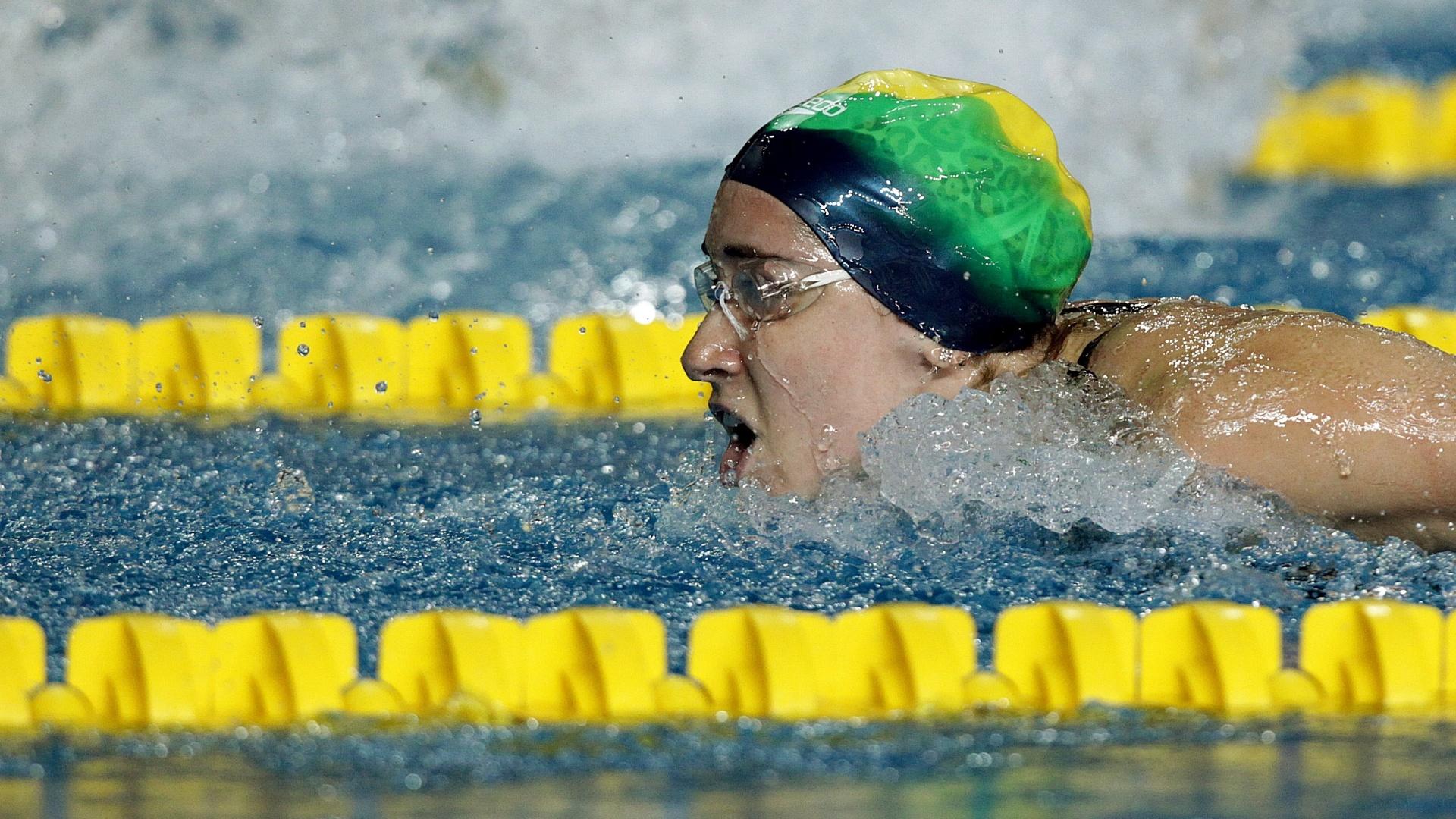 Gabriela Silva terminou na terceira colocação da sua bateria nos 100m borboleta com o tempo de 1min02s86 (15/10/2011)
