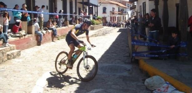 Rubens Donizete teve que empurrar sua bicicleta no último quilômetro de prova