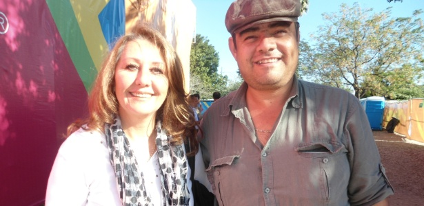 Casal mexicano esbanja estilo para ver a prova do adestramento em Guadalajara