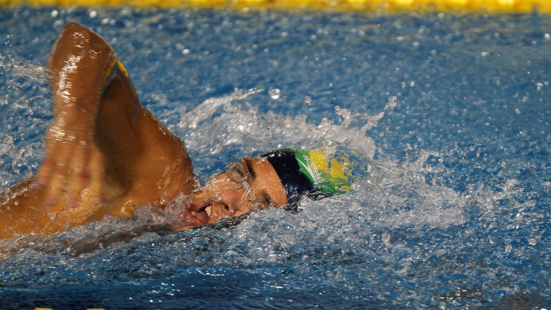 Lucas Kanieski terminou na segunda colocação da sua bateria na disputa dos 1.500 m em Guadalajara (17/10/2011)