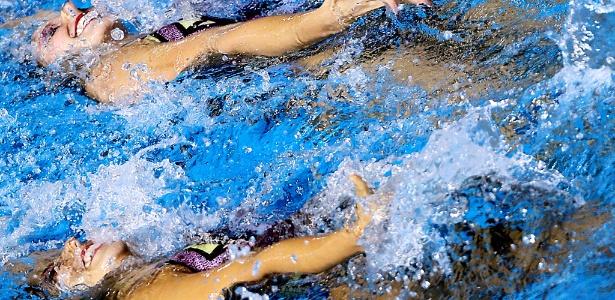 A dupla brasileira do nado sincronizado Lara e Nayara se apresentou no Pan