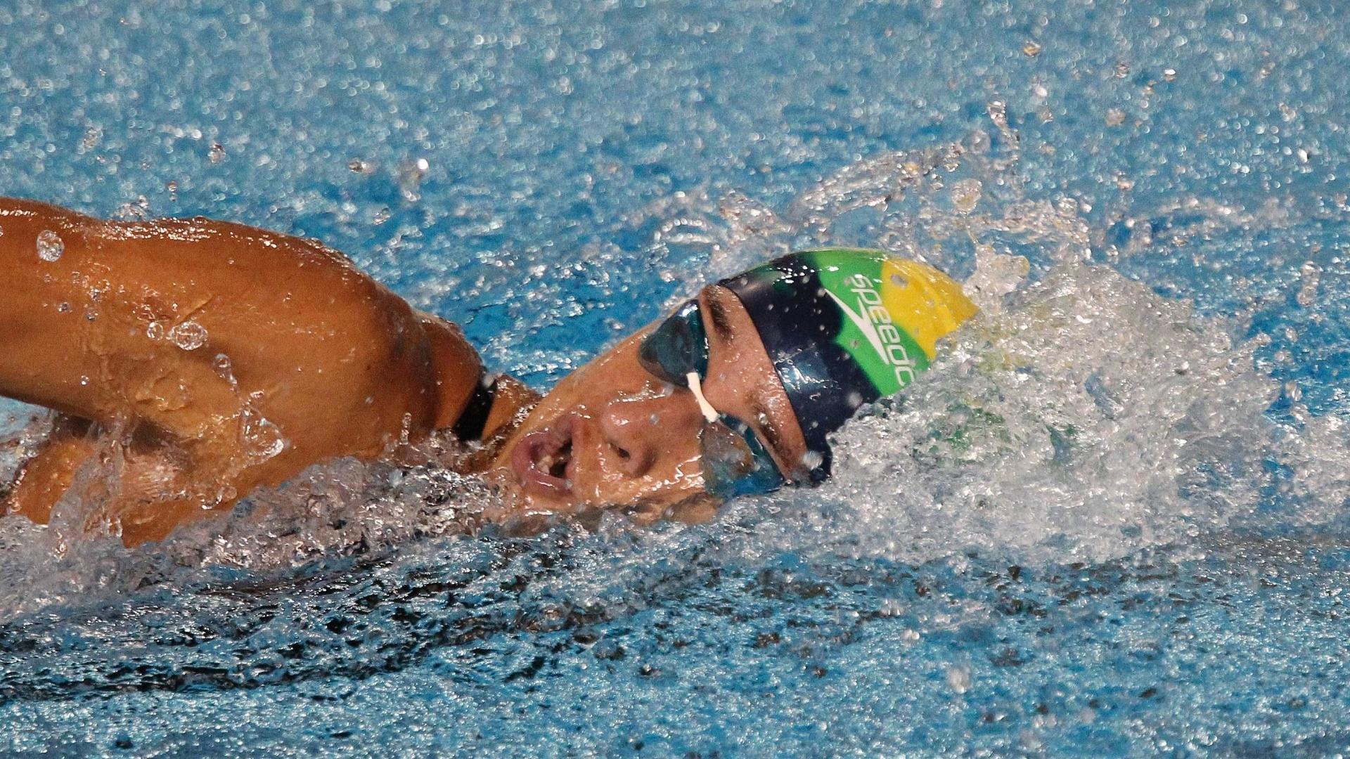 Joanna Maranhão venceu sua bateria e está na final dos 200 m medley (18/10/2011)