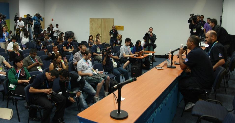 Romário, que vai comentar o Pan pela Record, participa de conferência em Guadalajara
