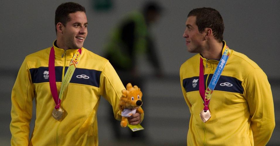 Thiago Pereira e Guilherme Guido foram ouro e bronze nos 100 m costas no Pan de Guadalajara