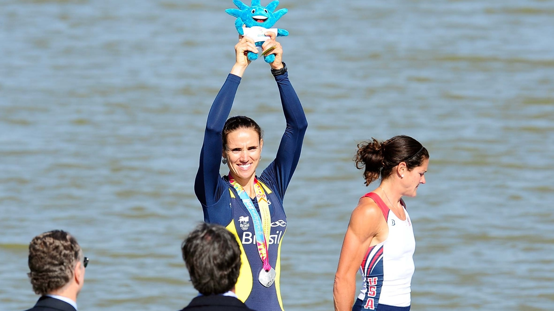 Fabiana Beltrame não confirma o favoritismo e fica com a prata no remo, categoria skiff simples leve