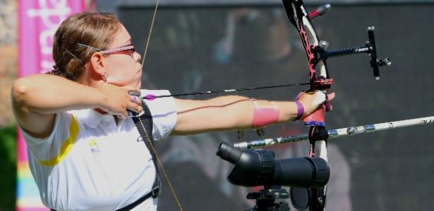 Sarah Nikitin foi eliminada nas oitavas de final do tiro com arco em Guadalajara