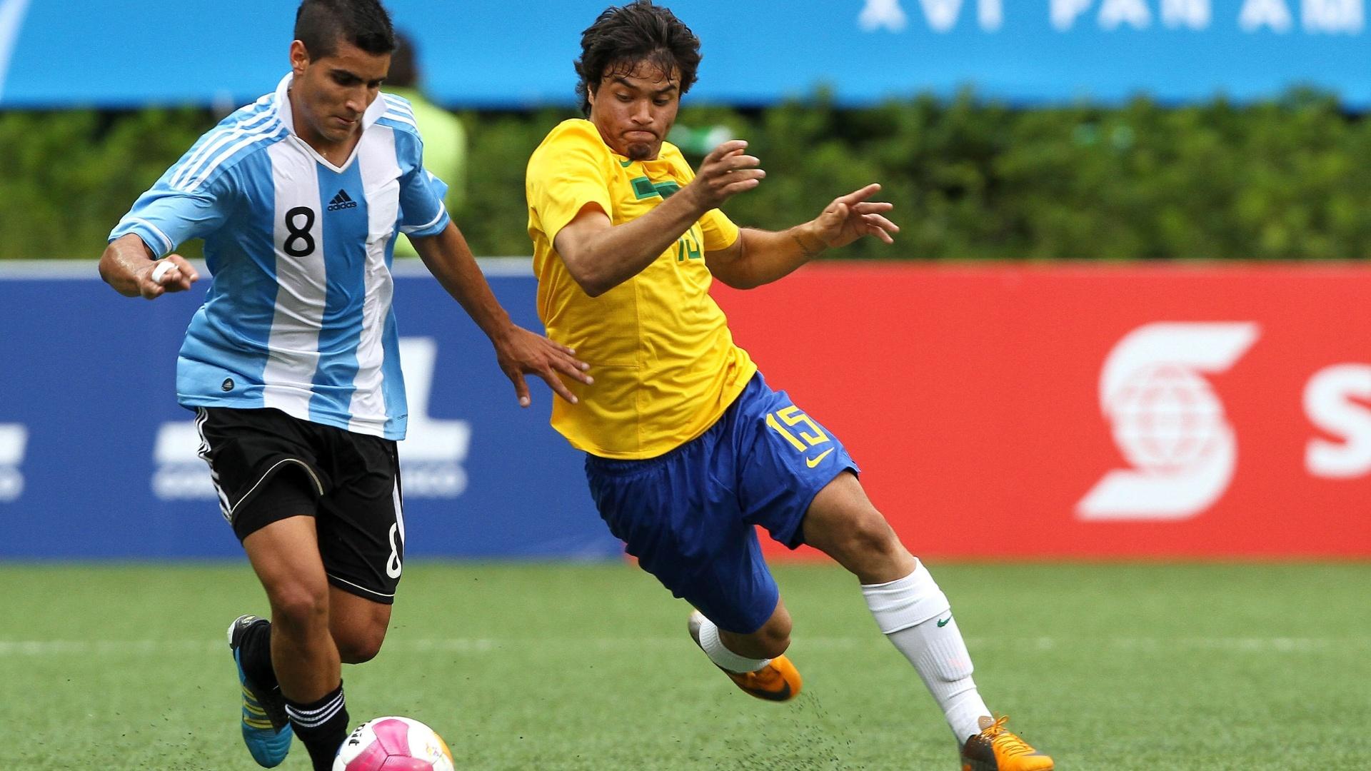 Argentina e Brasil se enfrentaram no futebol masculino nas quartas de final