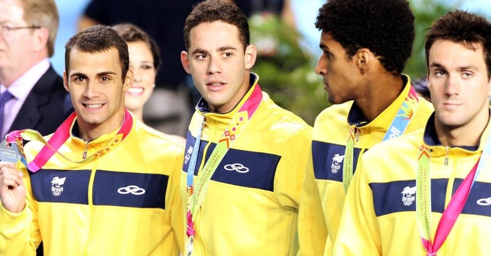 Leonardo de Deus, Thiago Pereira, Nicolas Oliveira e André Schultz ganharam a prata no revezamento 4x200 m livre (19/10/2011)