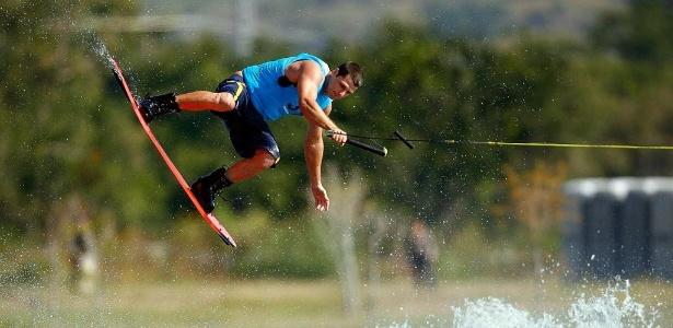 O brasileiro Marreco fechou as semifinais do wakeboard com a terceira melhor nota