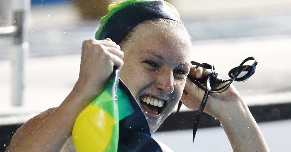 Graciele Herrmann comemora ao se classificar à final dos 50 m livre com o melhor tempo no Pan (21/10/2011)