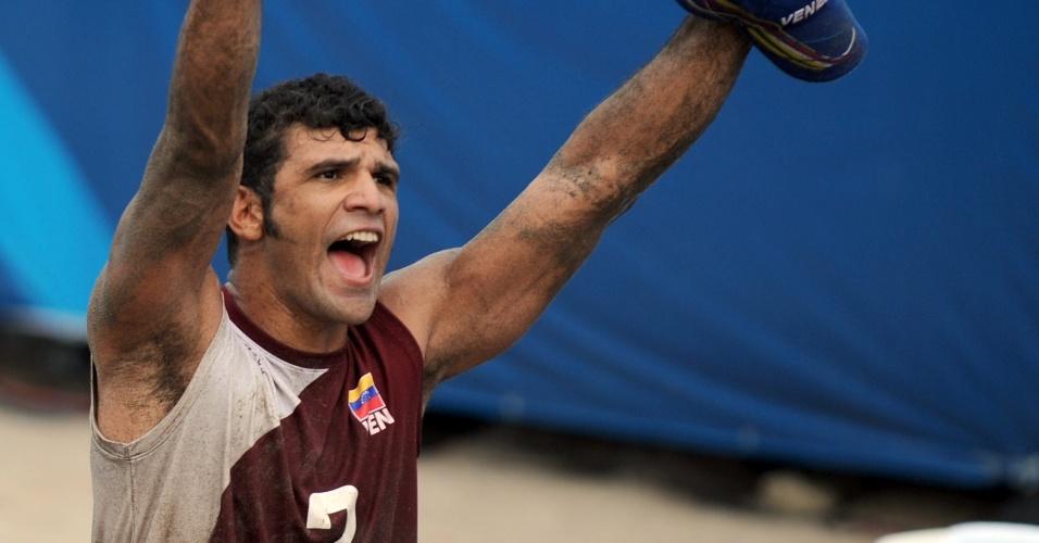 O venezuelano Farid Mussa encantou as torcedoras mexicanas durante o Pan de Guadalajara