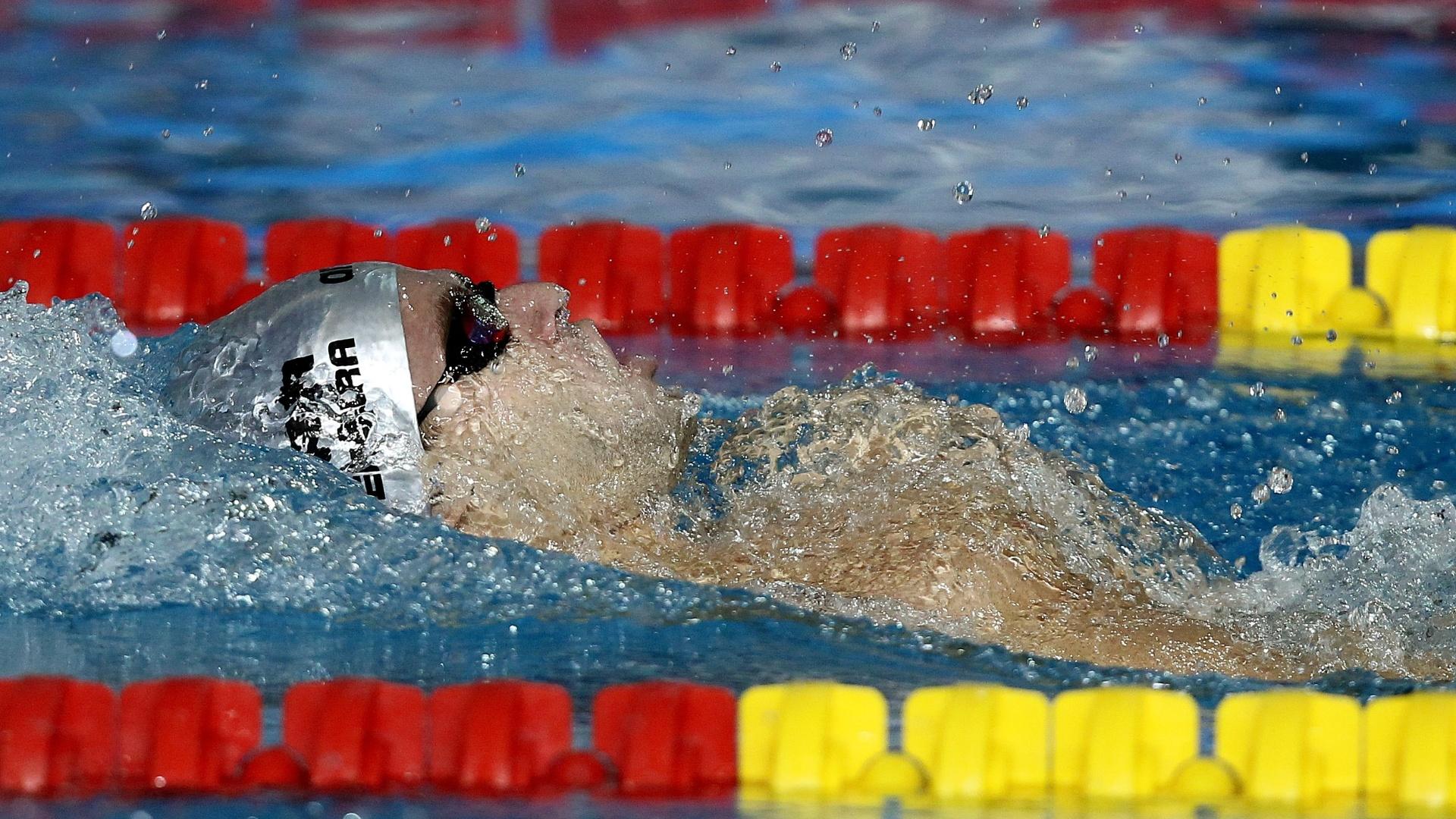 Thiago Pereira passou à final dos 200 m costas com o tempo de 2min03s53 (21/10/2011)