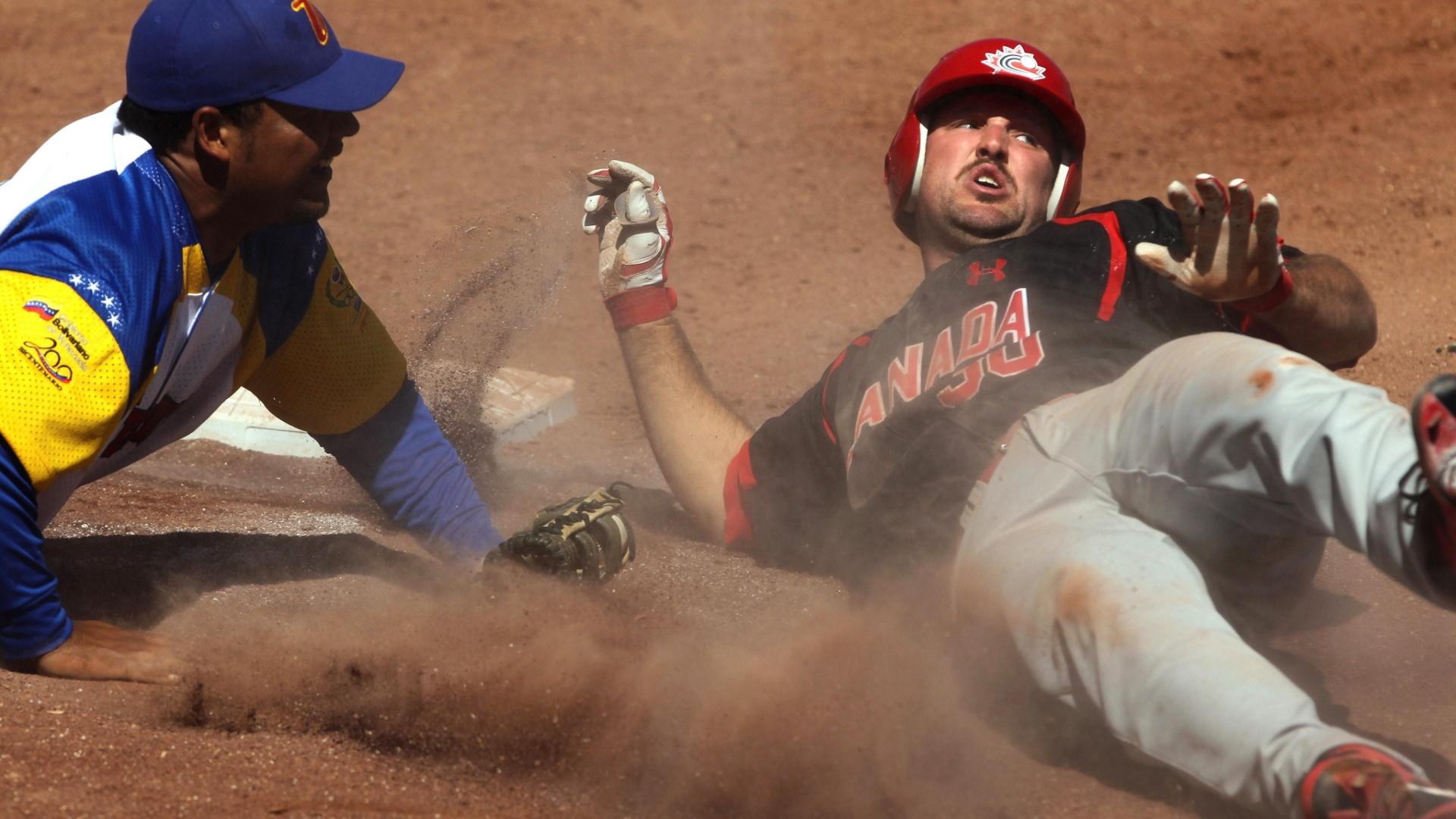Canadá e Venezuela se enfrentam no beisebol no Pan de Guadalajara-2011