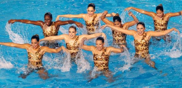 Equipe do nado sincronizado de Aruba durante apresentação no Pan de Guadalajara