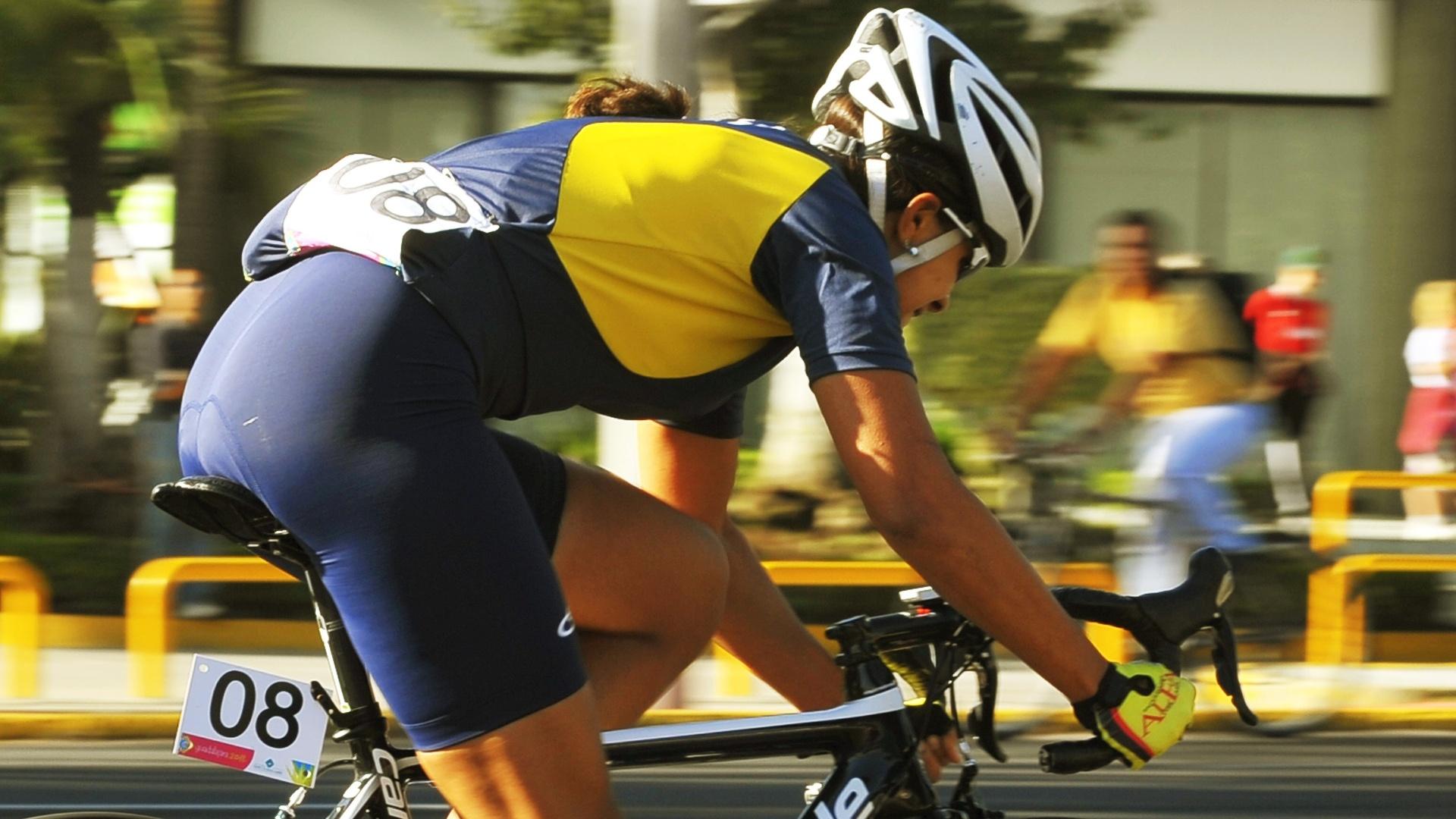 Janildes Fernandes ficou na 20ª colocação na prova de ciclismo de estrada (22/10/2011)