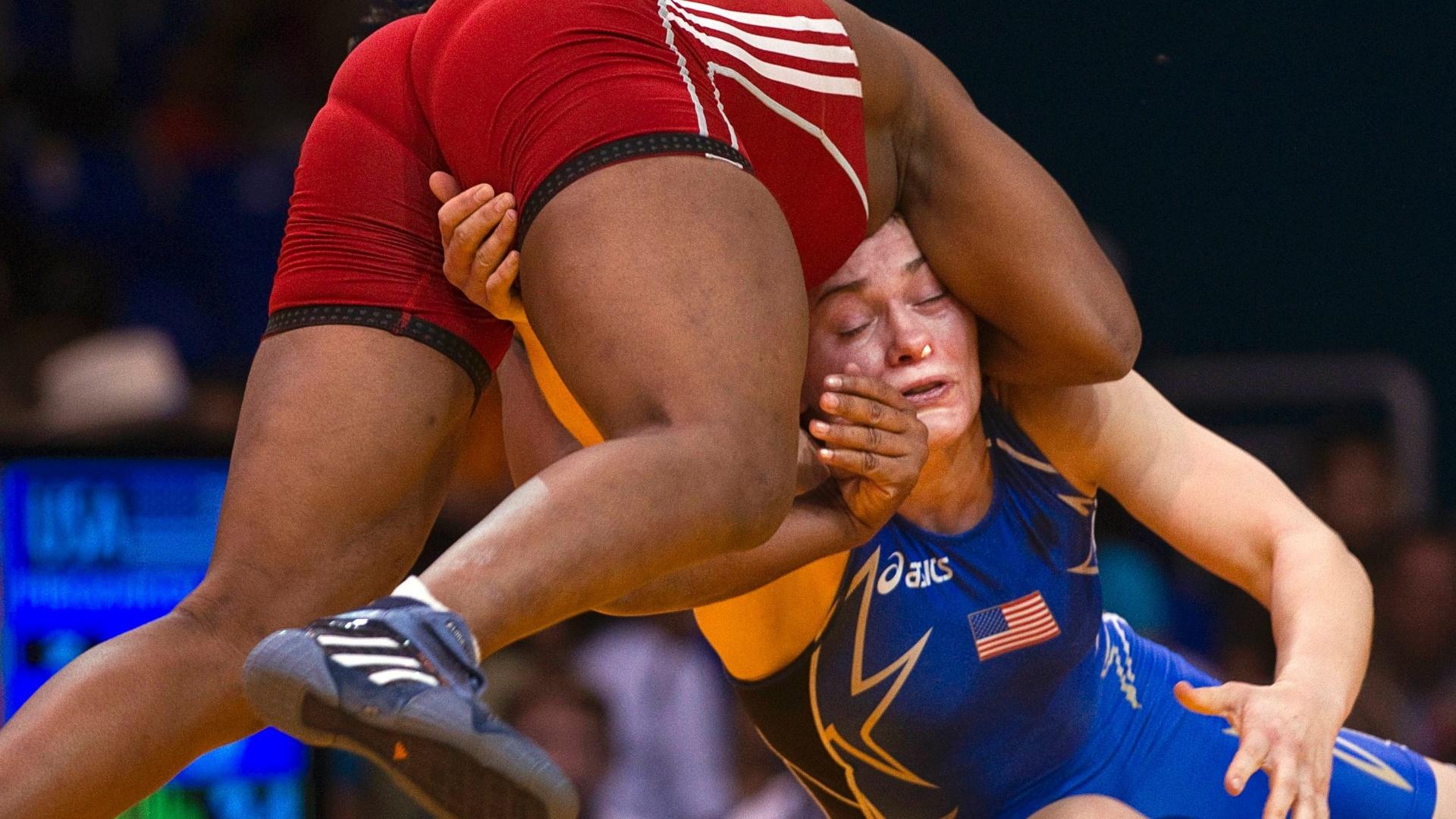 A cubana Katerina Vidiaux derrotou a norte-americana Elena Pirozhkov na final da categoria até 63kg da luta olímpica