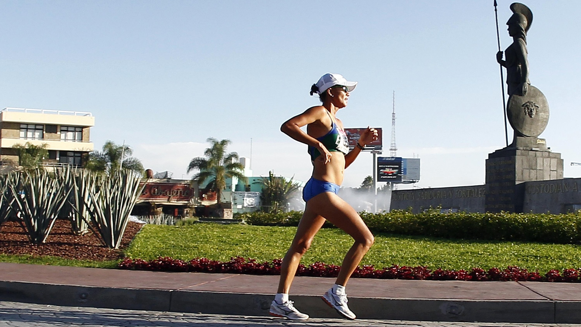 Erica Sena chegou a ficar em terceiro durante a marcha atlética de 20 km, mas foi desclassificada depois de três punições (23/201/2011)