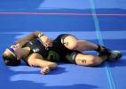 Medalhista do triatlo, Pâmella Oliveira sofre com peso e 'saco de cimento' nas costas