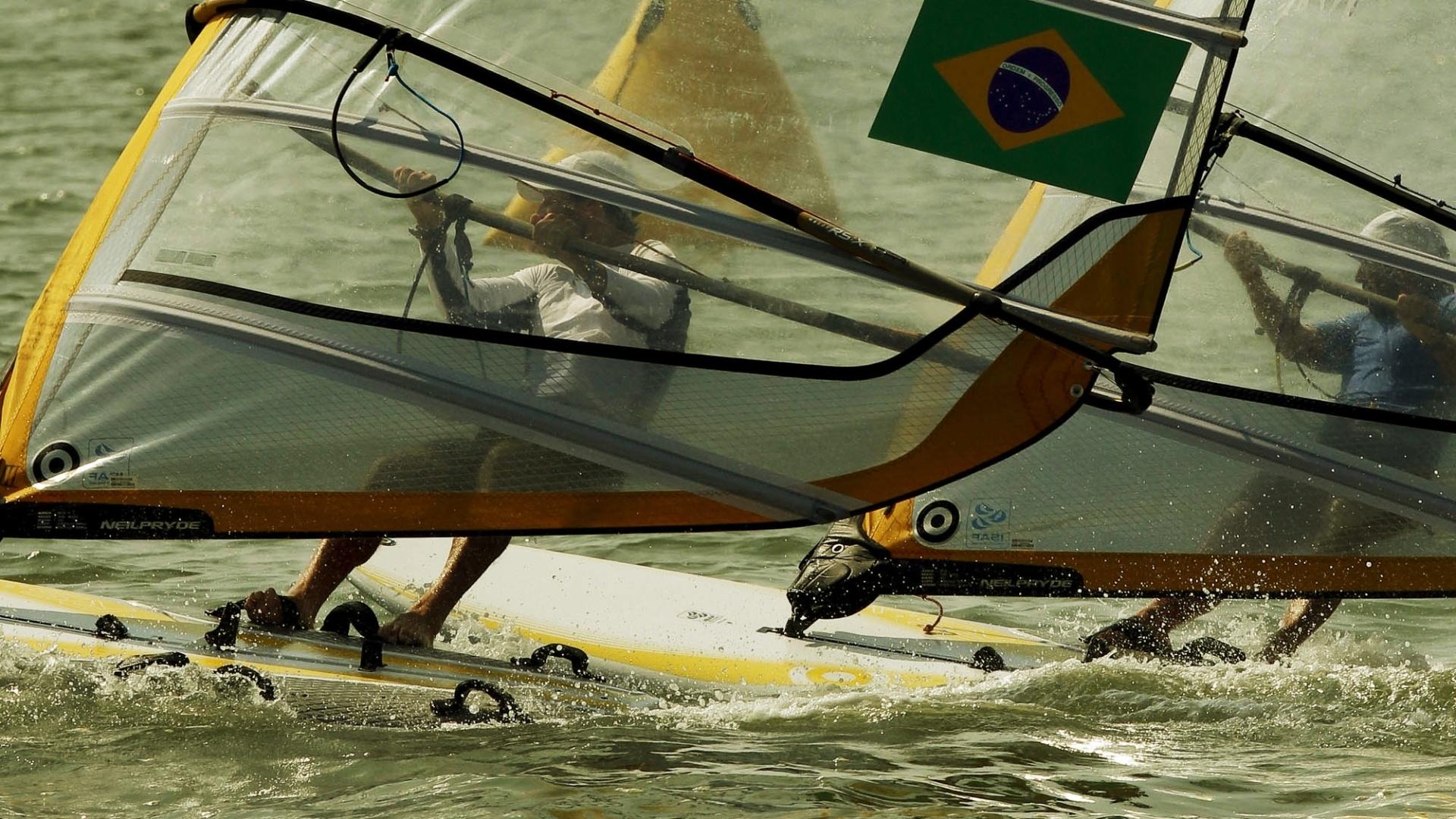 Ricardo Winnick, o Bimba, disputa regata da classe RS-X masculina dos Jogos Pan-Americanos de Guadalajara (19/10/2011)
