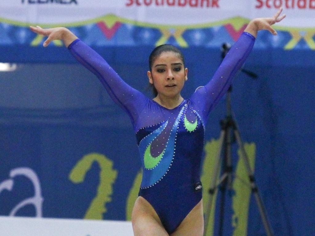 Bruna Leal disputa prova de solo na competição por equipes da ginástica artística