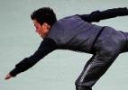 Embalado por 007, brasileiro supera roubo de trajes e leva seu 3º ouro na patinação