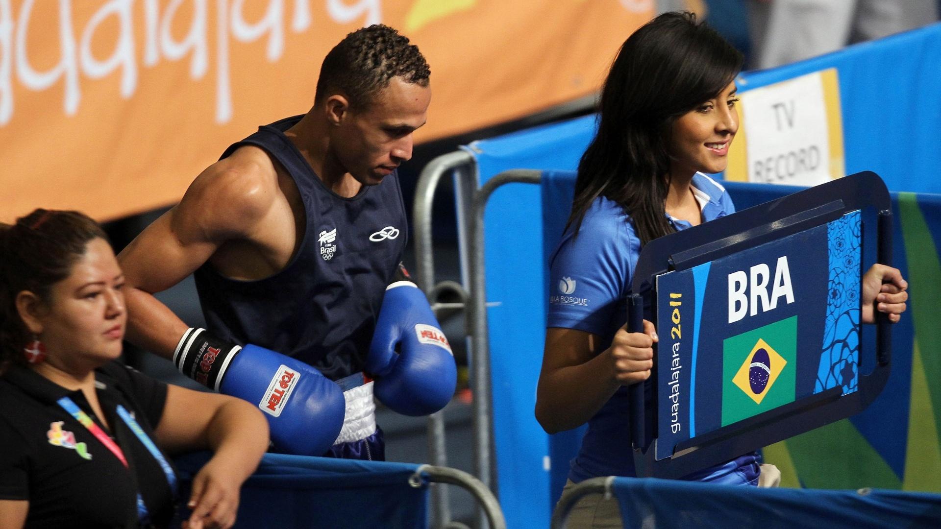 Robenilson de Jesus entra para seu combate de semifinal no Pan; brasileiro perdeu e ficou com o bronze