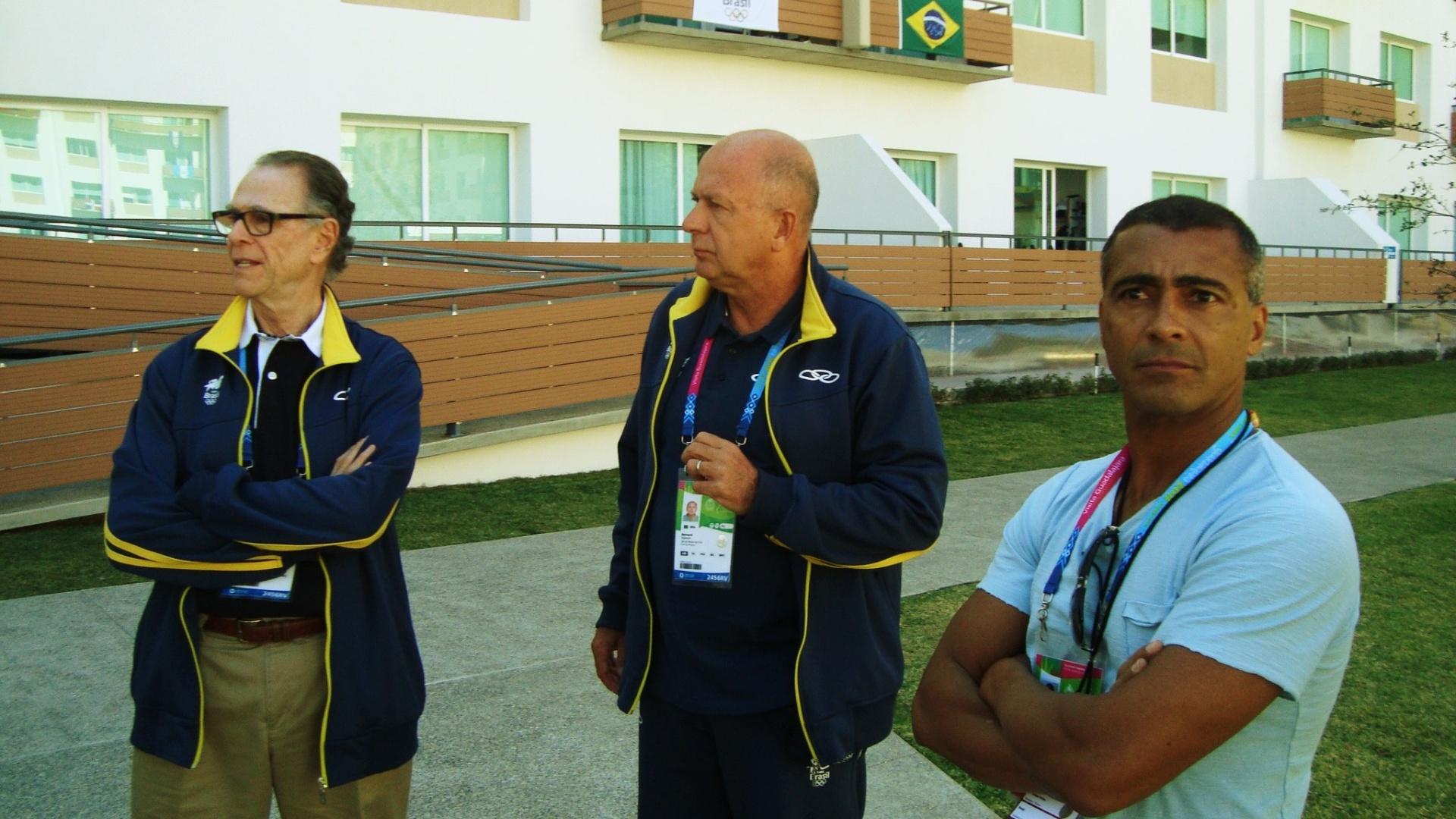 Romário visita a Vila Pan-Americana ao lado do presidente do COB, Carlos Arthur Nuzman, e do Chefe de Missão do Time Brasil, Bernard Rajzman