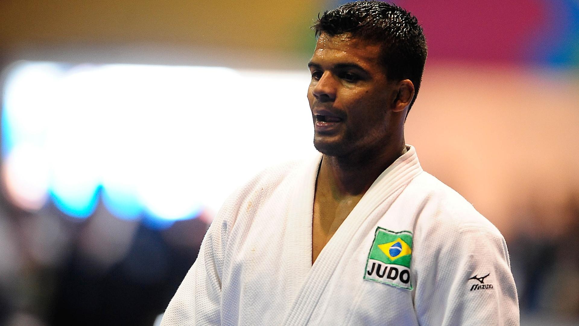Luciano Correa conquista a medalha de ouro na categoria meio-pesado do judô no Pan de Guadalajara (26/10/2011)