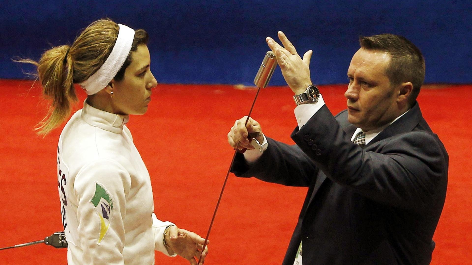 No Rio-2007, a esgrimista Clarisse de Menezes ficou com a medalha de bronze, porém em Guadalajara a brasileira caiu nas oitavas de final (26/10/2011)