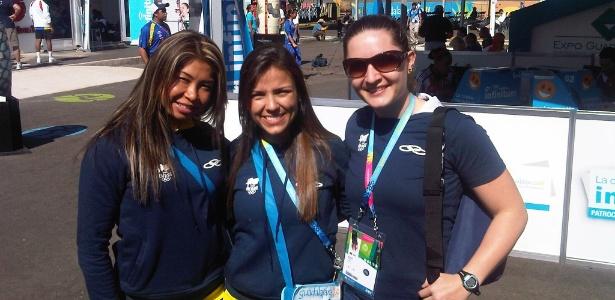 As caratecas Valeria Kumizaki, Jessica da Dalt e Jeanis Colzani na Vila Pan-Americana