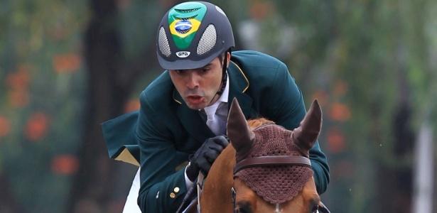 Égua sofreu lesão e Rodrigo Pessoa não poderá competir na final individual