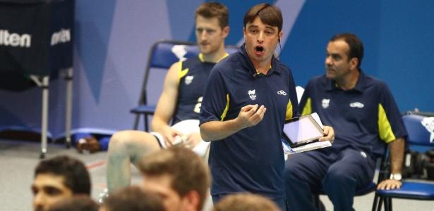 Sem Bernardinho, seu auxiliar Rubinho foi o técnico da seleção masculina no Pan