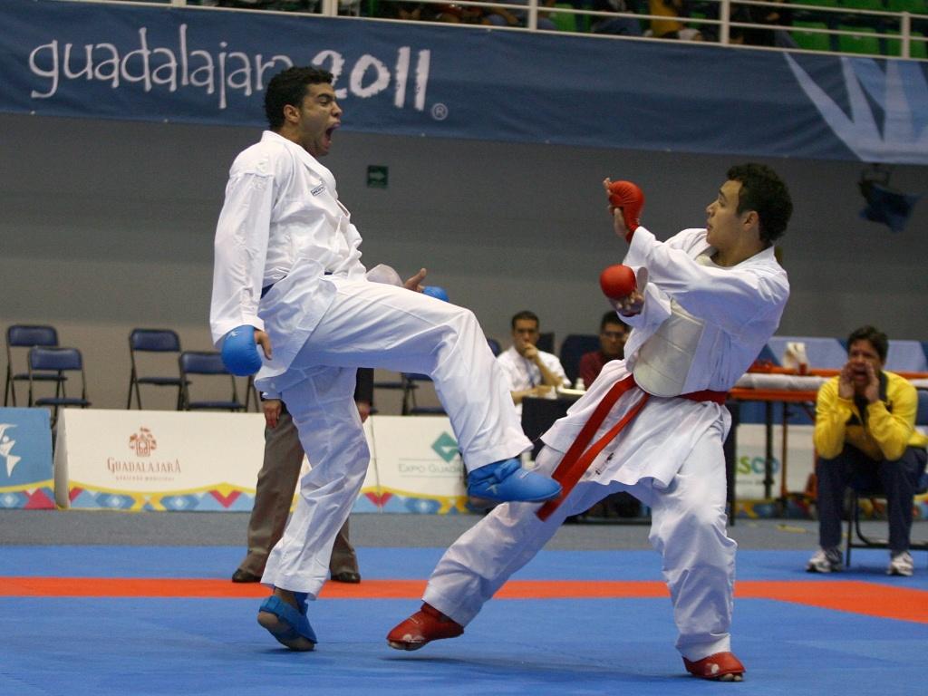 Wellington Barbosa já garantiu ao menos a medalha de bronze para o Brasil no caratê