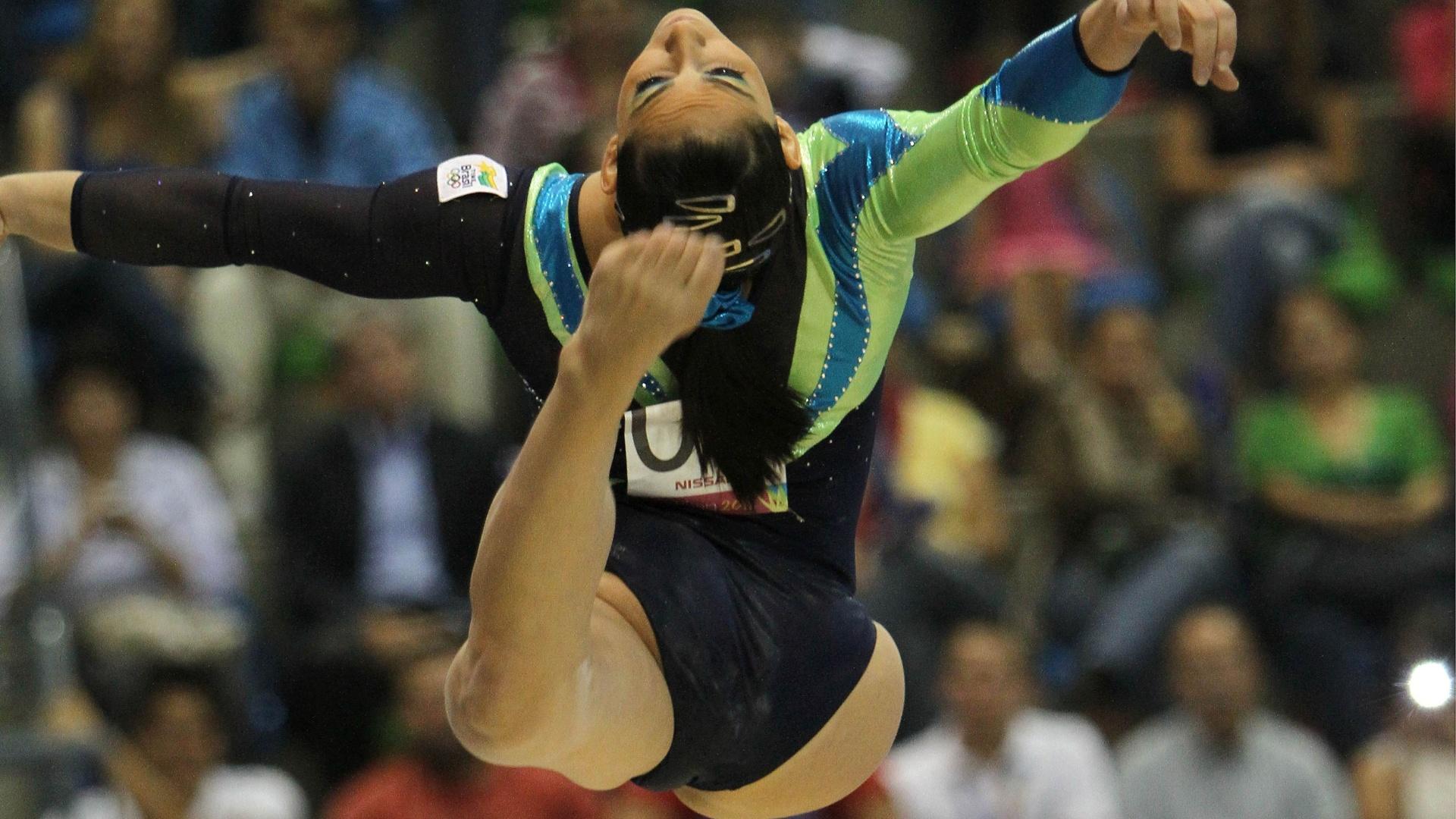 Daniele Hypolito conquista medalha de bronze na trave nas finais por aparelhos no Pan-2011
