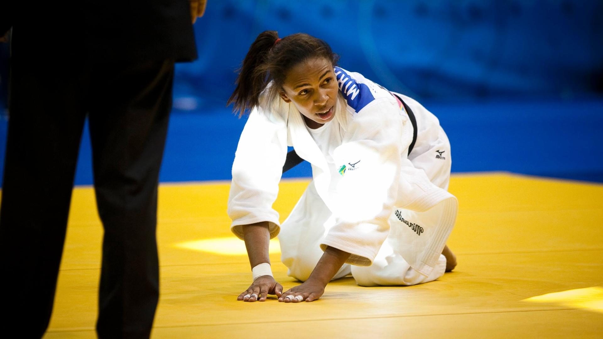 Érika Miranda perdeu a final da categoria até 52kg para a cubana Yanet Bermoy (29/10/2011)