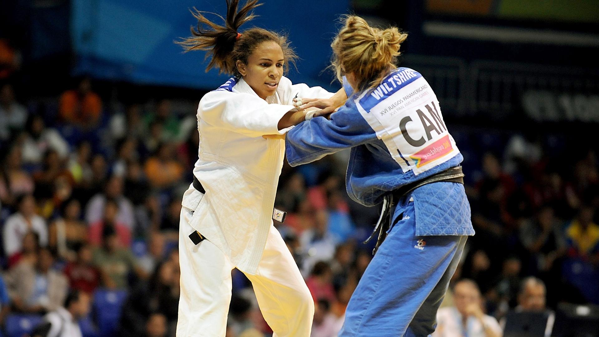 Erika Miranda venceu suas duas lutas pela manhã e está classificada para a disputada da medalha de ouro para judocas até 52 kg (29/10/2011)