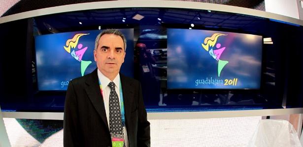 Honorilton Gonçalves, vice-presidente da Record, no estúdio montado em Guadalajara