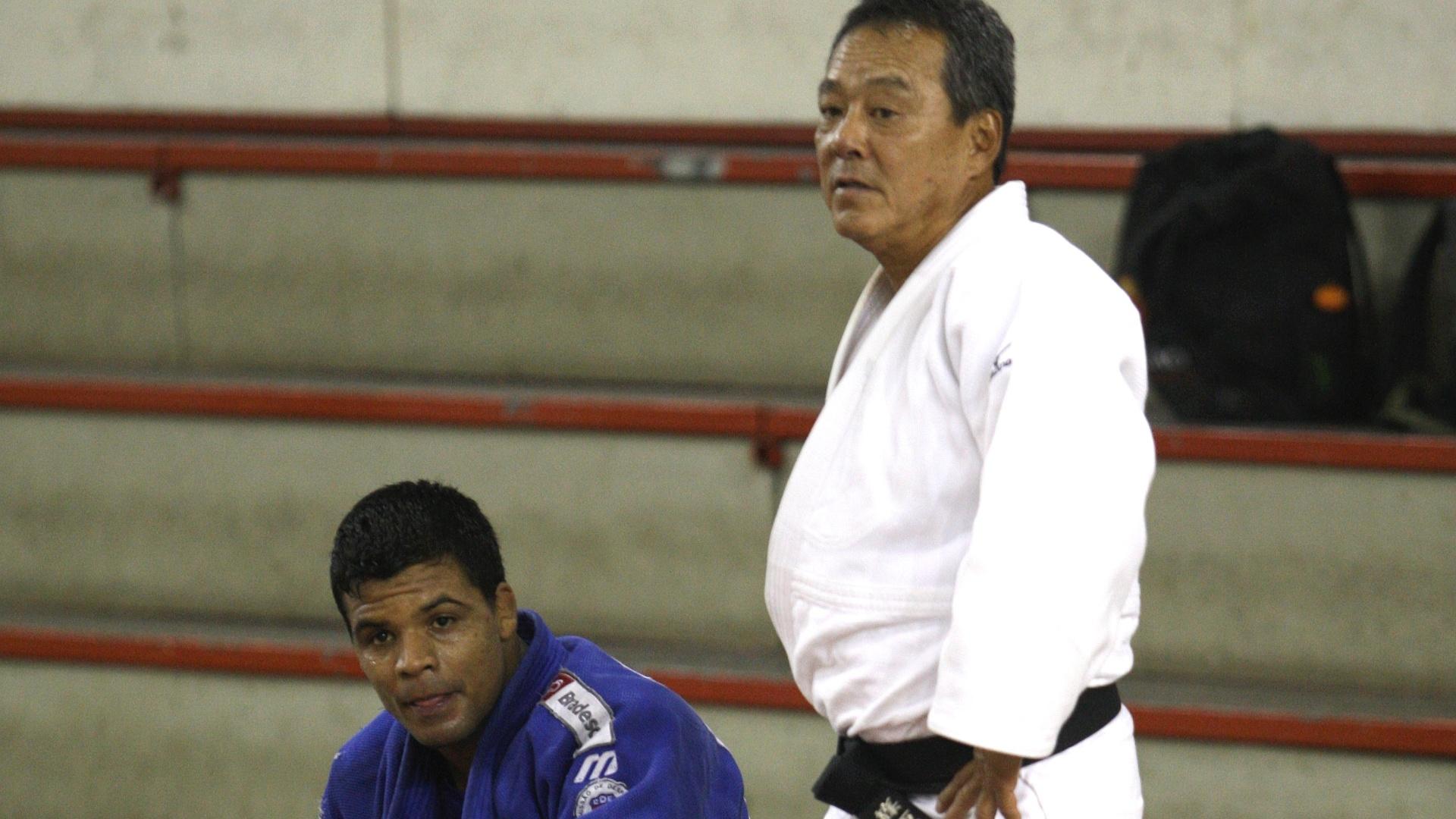 Luiz Shinohara em treino com Luciano Correa (29/10/2011)
