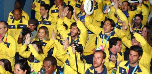 Atletas brasileiros fazem festa durante encerramento do Pan-Americano de Guadalajara