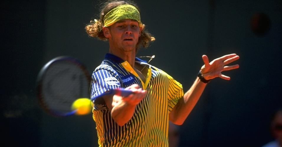 Gustavo Kuerten joga Roland Garros em 1997