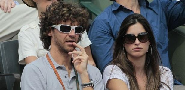 Gustavo Kuerten acompanha jogo entre Andy Murray e Rafael Nadal pela semifinal de Roland Garros
