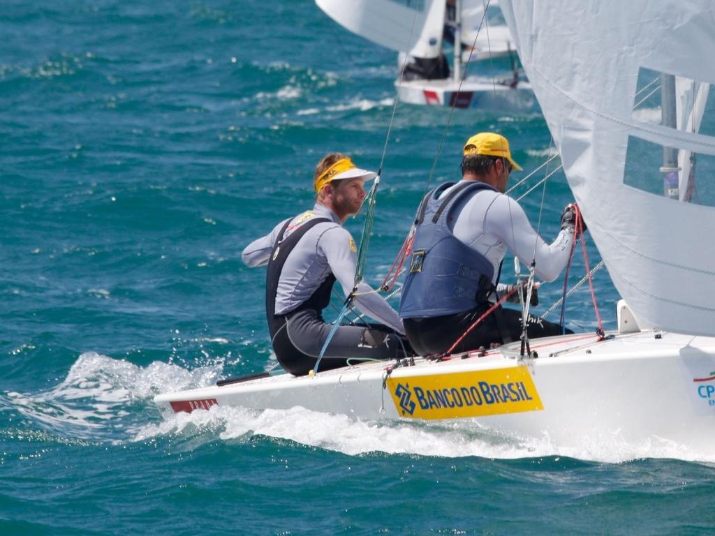 Robert Scheidt e Bruno Prada ganham seletiva de vela brasileira
