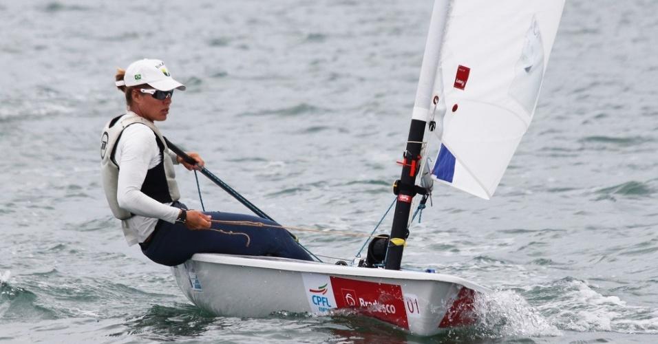 Adriana Kostiw, atleta brasileira classificada para o Pan-2011 na categoria Laser Radial da vela
