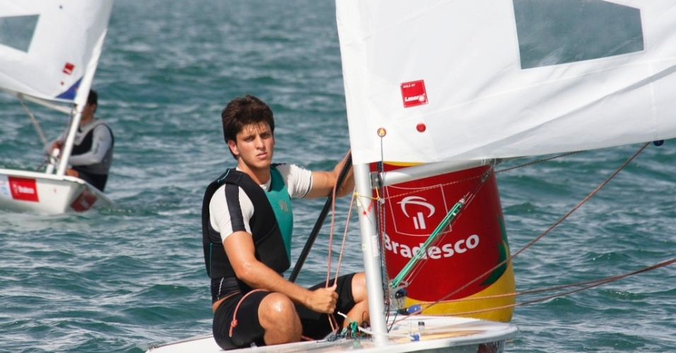 Matheus Dellagnelo, atleta brasileiro classificado para o Pan-2011 na categoria Sunfish da vela