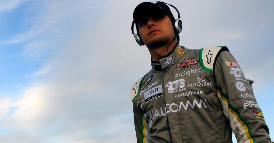 Nelsinho Piquet acompanha prova da Nascar Truck Series em Phoenix